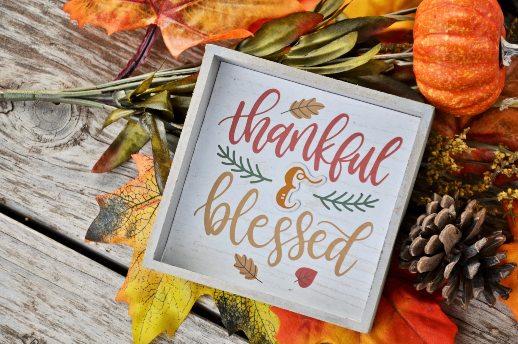 Dankbarkeit gegen Unzufriedenheit - Herbst Holzbrett thankful & blessed
